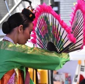 girl in Buenos Aires celebrates Korea